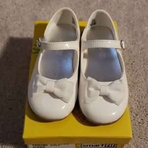 NWOT Toddler Girls Patent Mary Jane Dress Shoes